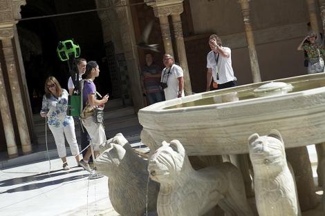 Google llega a los últimos rincones de la Alhambra
